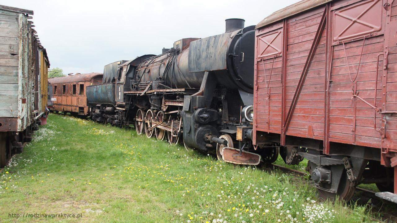 zniszczona lokomotywa
